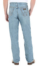 Wrangler� 20X? Laser Blue Relaxed Fit Competition Jean