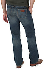 Wrangler Retro Men?s Premium Patch Banjo Blue Wash Slim Fit Jeans