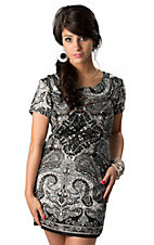 Angie Women's Black Gray and White Paisley Short Sleeve Shift Dress