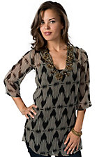 Ocean Drive® Women's Black and Cream with Gold Beads 3/4 Sleeve Chiffon Fashion Top