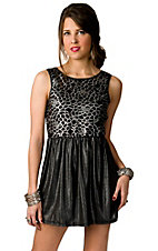Lovemarks® Women's Silver and Black Metallic Floral Crochet Sleeveless Dress