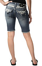 Miss Me® Womens White Embroidered Daisy w/ Pearls Flap Pocket Bermuda Denim Short