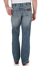 Wrangler Retro Men's Break Barriers Wash Boot Cut Jean