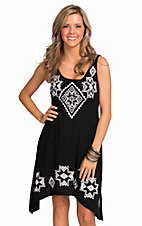 Roper Women's Black and White Native Embroidery Dress