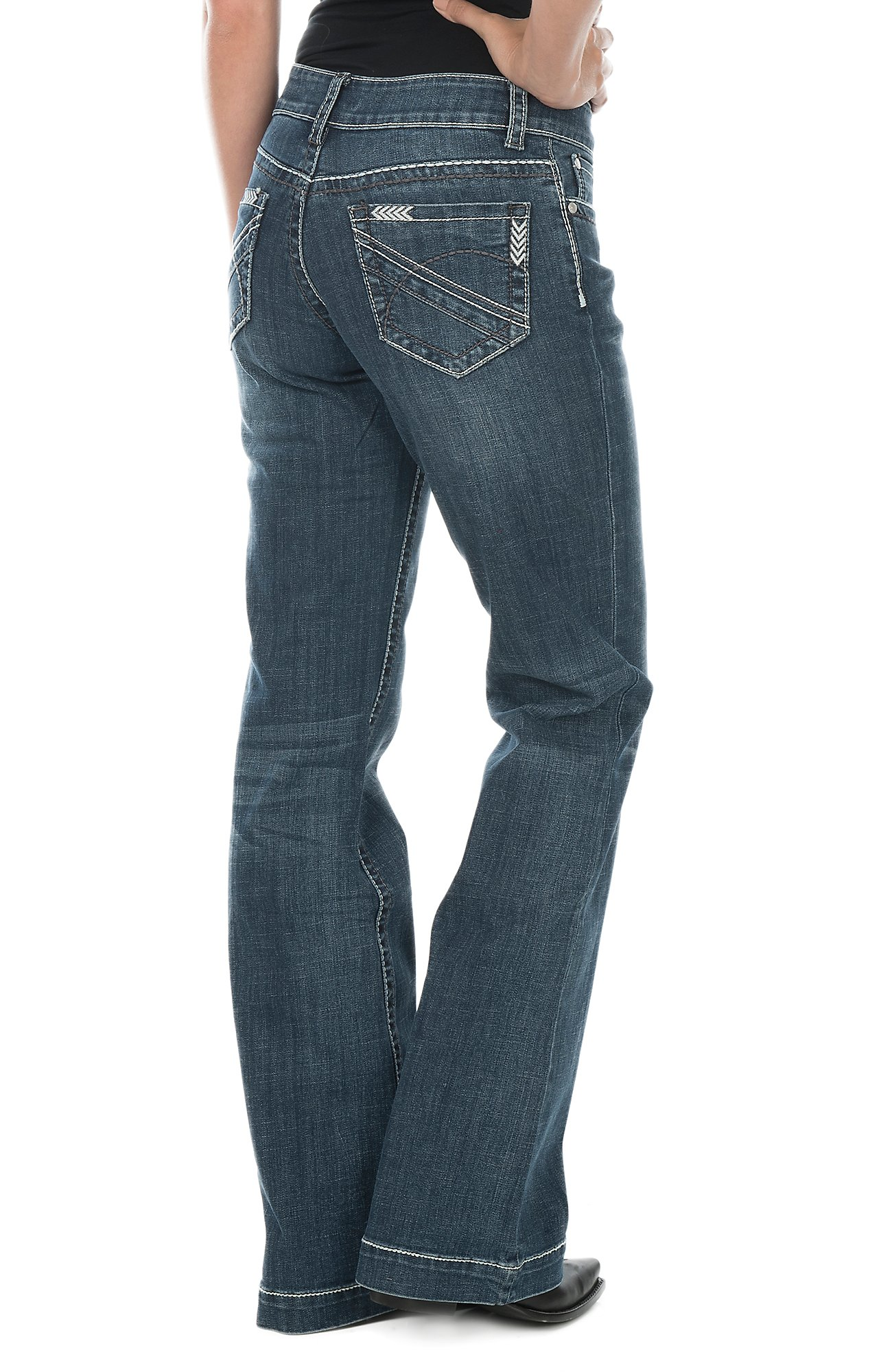 Shop Women's Western Jeans | Free Shipping $50   | Cavender's