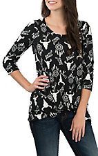 Jody Women's Black and White Skull Print Rolled Knot Fashion Shirt