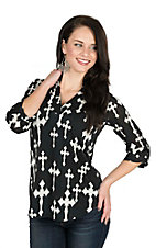 Cowgirl Hardware Women's Black with white Crosses 3/4 Tab Sleeve Hi-Lo Fashion Top