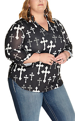 Cowgirl Hardware Women's Black with White Cross Print 3/4 Sleeve Top - Plus Sizes