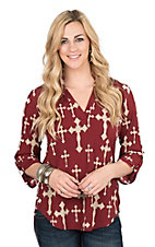 Cowgirl Hardware Women's Burgundy with Cream Crosses 3/4 Tab Sleeve Hi-Lo Fashion Top