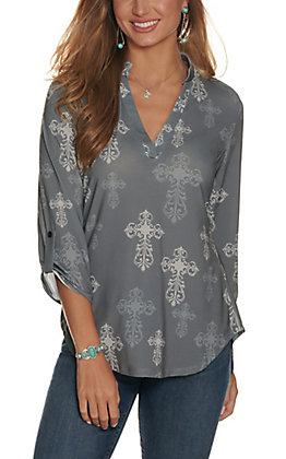 Cowgirl Hardware Women's Charcoal Grey with Light Grey Steel Cross Print 3/4 Sleeve Fashion Top