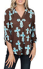 Cowgirl Hardware Women's Chocolate Brown with Turquoise Fashion Cross Print 3/4 Tab Sleeve Fashion Top