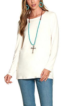 Magnolia Lane Women's Ivory Long Sleeve Hi/Lo Top