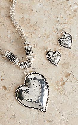Blazin Roxx Silver Hammered Heart Jewelry Set 29466