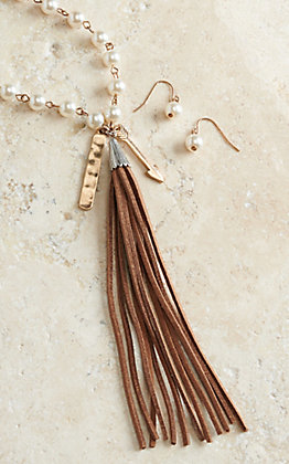 Blazin Roxx White Pearl with Arrow and Fringe Tassel Jewelry Set