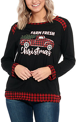 Southern Grace Women's Black Farm Fresh Christmas Graphic Top