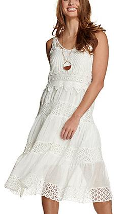Magnolia Lane Women's White with Crochet Tiered Sleeveless Midi Dress