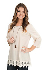 Southern Grace Women's Cream with Lace Details 3/4 Sleeve Casual Knit Top