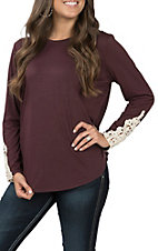 Grace & Emma Women's Plum and Lace Casual Knit Top