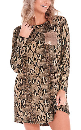 Grace & Emma Women's Tan Snake Print with Gold Sequin Pocket Long Sleeve Knit Dress