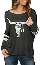 Rock & Roll Cowgirl Women's Grey Rodeo Tavern Cow Skull L/S Casual Knit Shirt