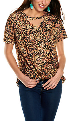 Grace & Emma Women's Leopard Print Draped Front Cutout V-Neck Short Sleeve Top