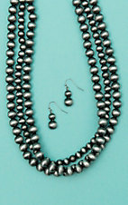 Isac Triple Layered Silver Bead Short Jewelry Set