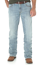 Wrangler Retro Men's Light Wash Slim Boot Cut Jeans