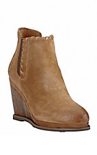 Ariat Women's Sand Brown Wedge Round Toe Fashion Boots