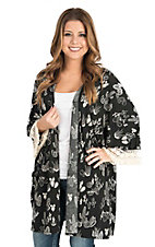 James C Women's Black and Cream Cactus Print Long Sleeve Kimono