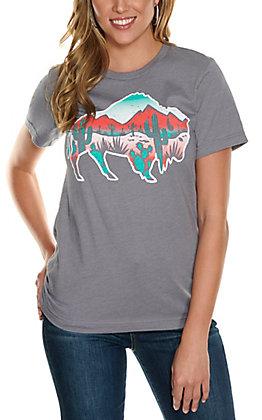Rowdy Crowd Women's Grey Desert Bison Graphic Short Sleeve T-Shirt