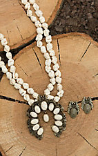 Blazin Roxx White Stone Beaded with Squash Blossom Pendant Jewelry Set