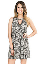 Vintage Havana Women's Black and White Tribal Print Sleeveless Swing Dress