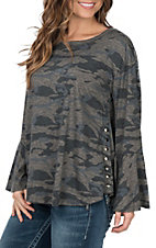 Vintage Havana Women's Grey Camo Side Snap Top