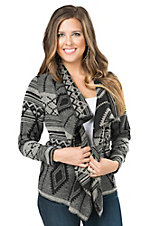 Cripple Creek Women's Black & Coal Grey Southwest Blanket Wrap Jacket