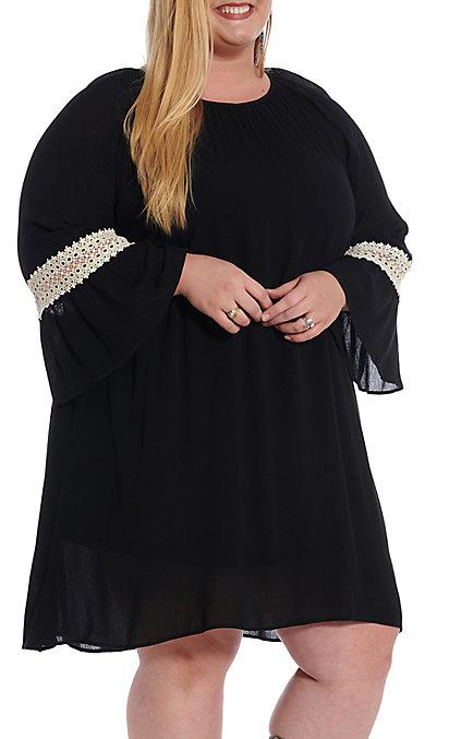 Honey Me Women\'s Black 3/4 Bell Sleeve Dress - Plus Size