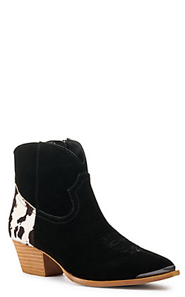 Dingo Women's Buck the Rules Black Cow Print Almond Toe Booties