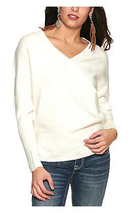 Double Zero Women's Cream V-Neck Long Sleeve Sweater