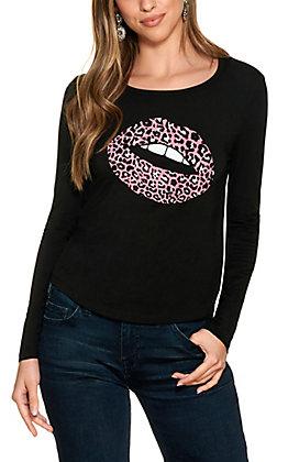 Double Zero Women's Black with Pink Leopard Lips Long Sleeve T-Shirt