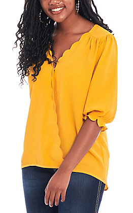 Umgee Women's Spicy Mustard V-Neck Fashion Top