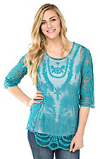 Ethyl Women's Turquoise Lace 3/4 Sleeve Fashion Top