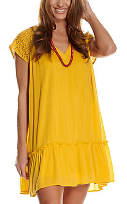 Rockin' C Women's Yellow with Lace V-Neck Shift Dress