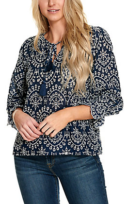 Rockin C Women's Navy and White Eyelet 3/4 Sleeve Fashion Top