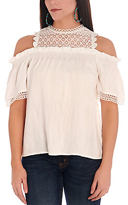 Rockin C Women's White with Lace Cold Shoulder Short Sleeve Fashion Top
