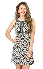 Panhandle Women's Black and White Medallion Print Sleeveless Dress