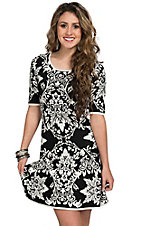 Jealous Tomato Women's Black & White Floral Motif Short Sleeve Sweater Dress
