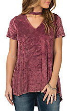 Peach Love Women's Burgundy Velvet V-Neck Choker Short Sleeve Fashion Shirt