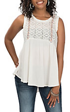Hem & Thread Women's White Lace Sleeveless Fashion Shirt