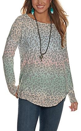 Lovely J Women's Pink and Green Ombre Leopard Print Long Sleeve Knit Top