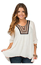 Wrangler Women's Cream with Embroidered Neckline 3/4 Sleeve Top