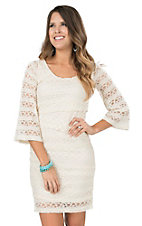 Wrangler Women's Cream with Crochet Layered Lace 3/4 Sleeve Body Con Dress